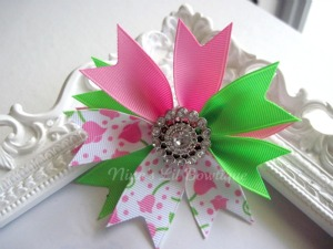 Tulip Flower Spiked Bow