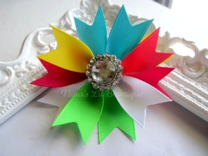 Rainbow Spiked Bows
